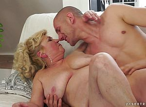 Large Tits,blonde,blowjob,hairy,mature,grannies,hardcore