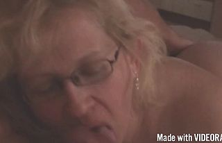 amateur,blowjobs,european,handjob,matures