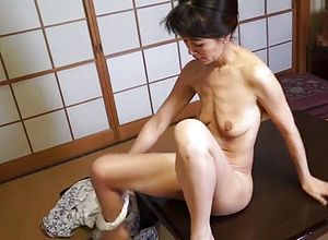 Japanese,mature,milf,straight,asian