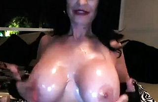 big Boobs,brunette,granny,milf,solo,toys,webcam