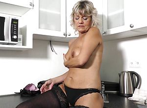 Blonde,granny,striptease,dildo,masturbation,solo,lingerie,fingering,shaved,sex toys