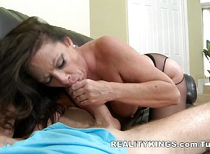 Thick Ass,blowjob,brunette,facial,milf,mature,stockings,shaved,college,hardcore