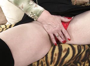 Blonde,doggystyle,granny,oldyoung,small Knockers