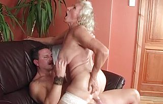 cougar,creampie,glory hole,granny,milf,matures,old Young