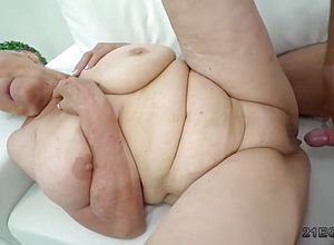 blonde,big tits,matures,granny