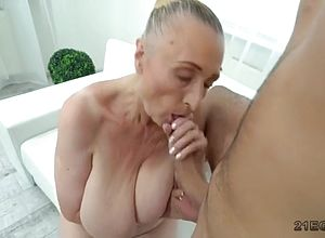 large tits,blowjobs,hardcore,matures,granny,doggy Style,seduced